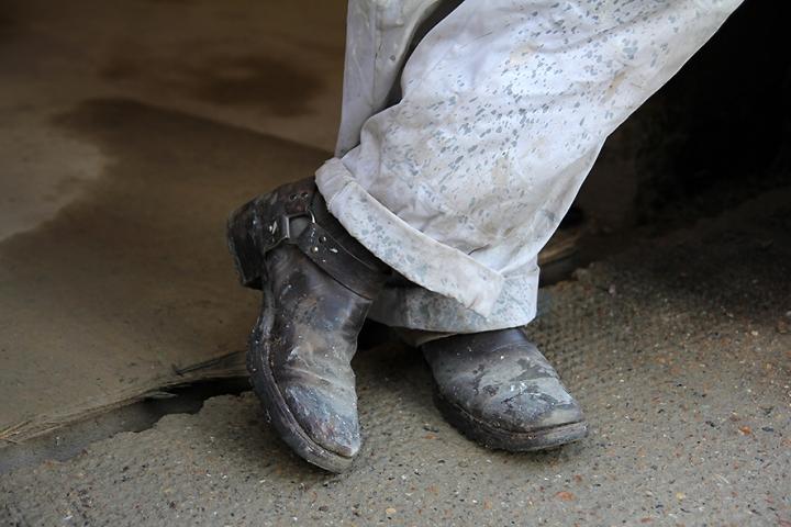 IMG_9028 Desmond's work boots s