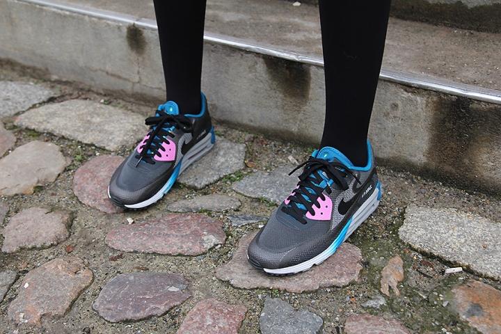 IMG_0940 Nike trainerss