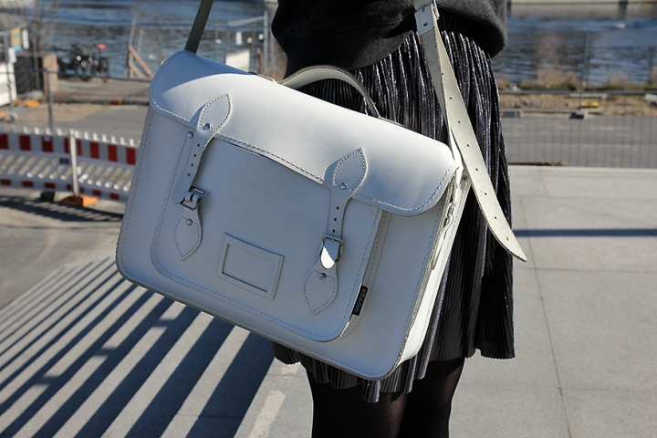 IMG_2395 White satchel bag