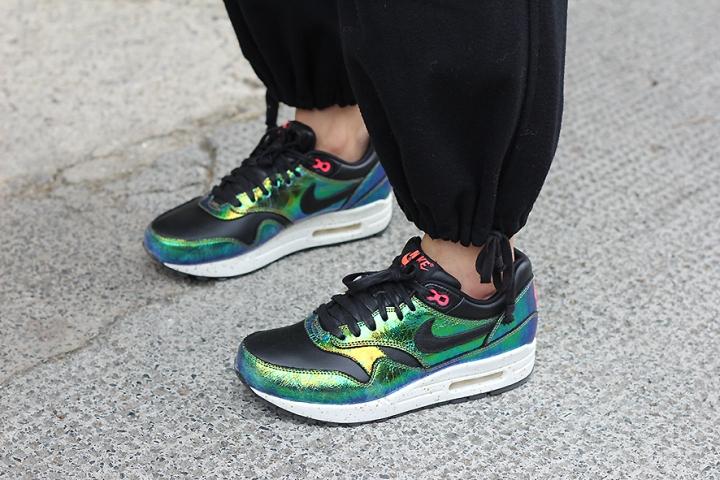 IMG_9738 Iridescent Nike airmax s
