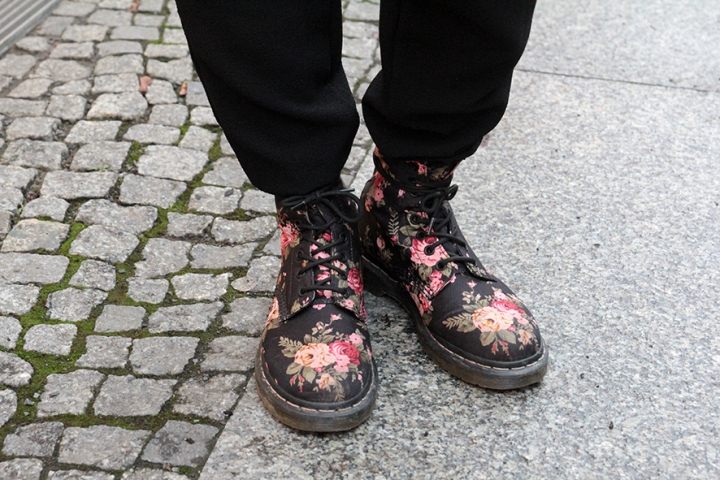 IMG_6454 floral Dr. Martens boots