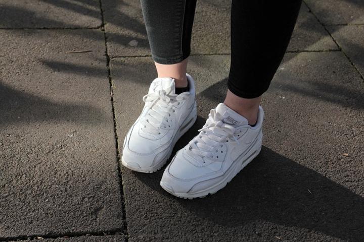 IMG_6977 White Nike Airmax
