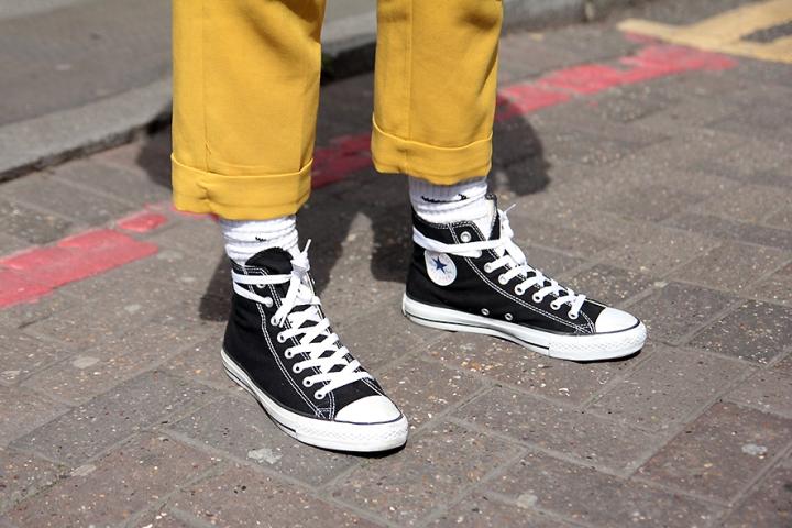 IMG_1104s Black converse