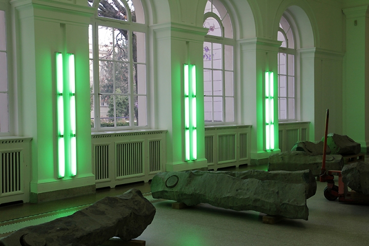img_5905s-dan-flavin-and-joseph-beuys-hamburger-bahnhof